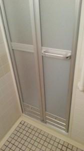 15_折戸_浴室側a